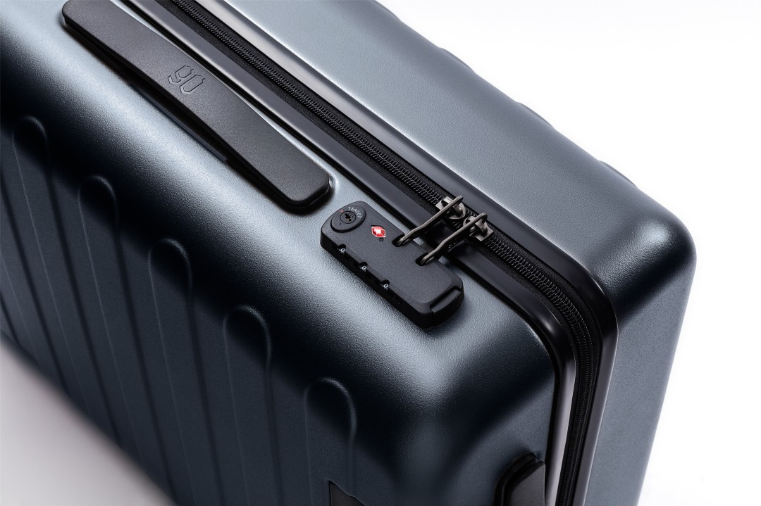 Чемодан Xiaomi RunMi 90 Points Seven Bar Business Suitcase